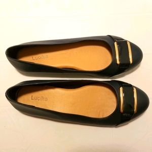 Luoika navy blue flats size 10 1/2 wide